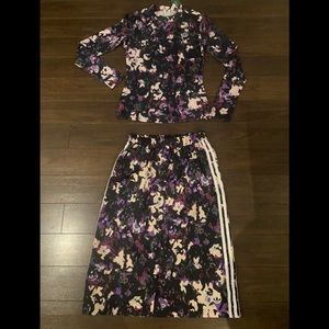 Adidas Floral Top and Skirt (SET) SMALL